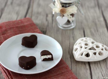 Cioccolatini ripieni al cocco croccanti fuori morbidi dentro