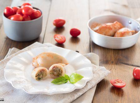 Calamari ripieni al sugo facili e gustosi