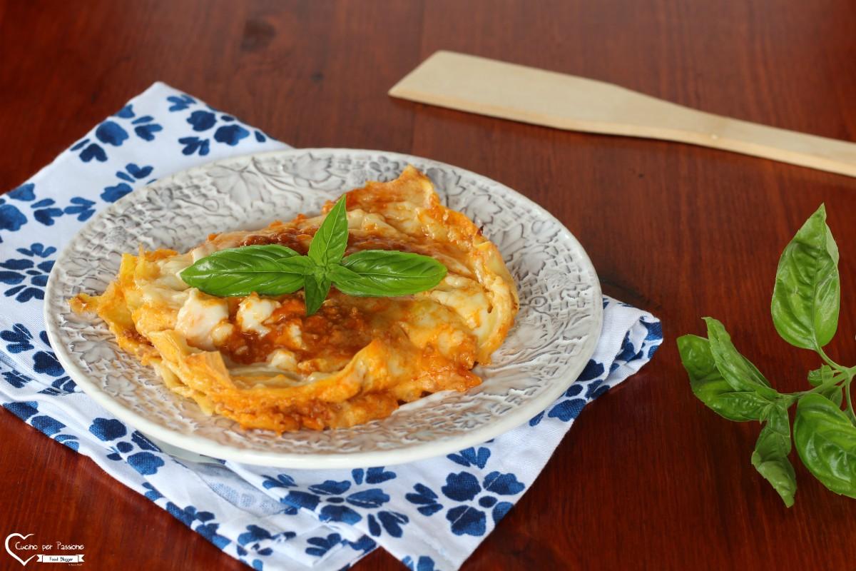 Lasagne alla bolognese ricetta anche al microonde