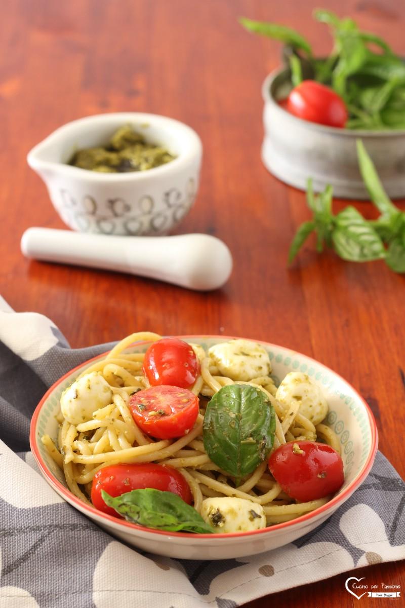 Pasta alla Crudaiola e Pesto
