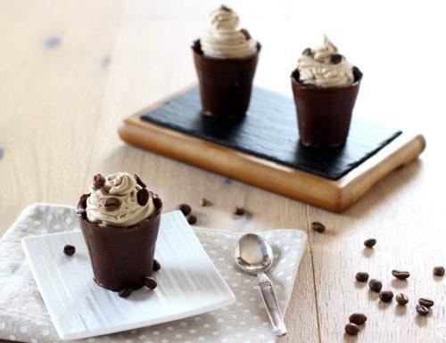 Bicchierini di cioccolata fatti in casa