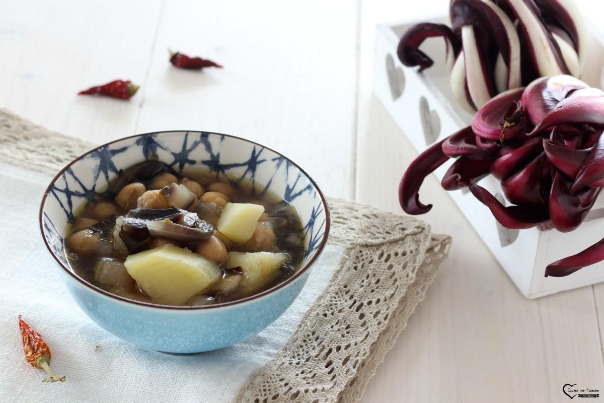 Zuppa di ceci e patate con radicchio
