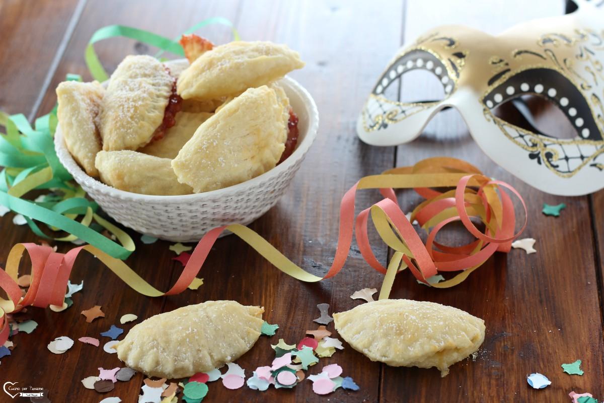 Biscotti morbidi ripieni tradizionali veneti