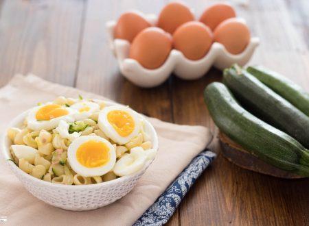 Pasta fredda tonno uova e zucchine