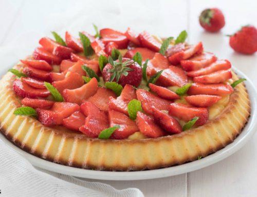 Torta con le fragole con base morbida