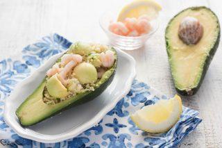Cous cous con gamberetti e avocado