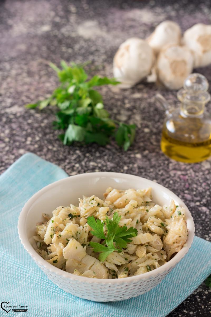 Baccalà lesso aglio e prezzemolo