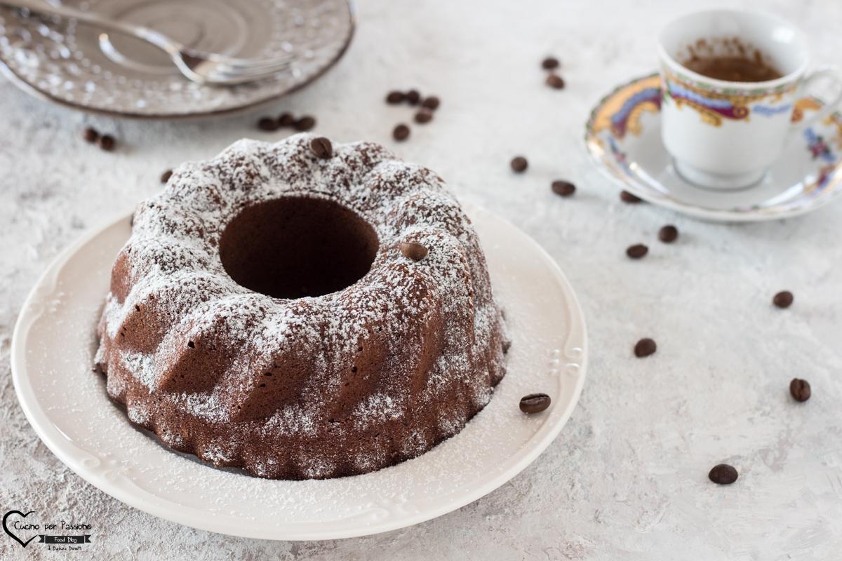 Ciambella senza glutine al cioccolato e caffè