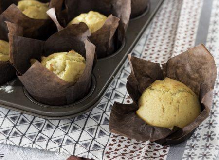 Muffin al limone senza burro e senza bilancia