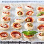 Pizzette con pasta sfoglia