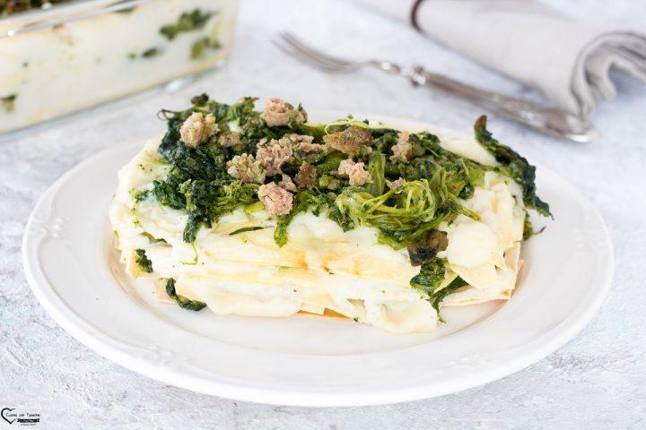 Lasagne con cime di rapa e salsiccia