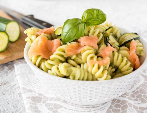 Pasta con salmone affumicato e zucchine