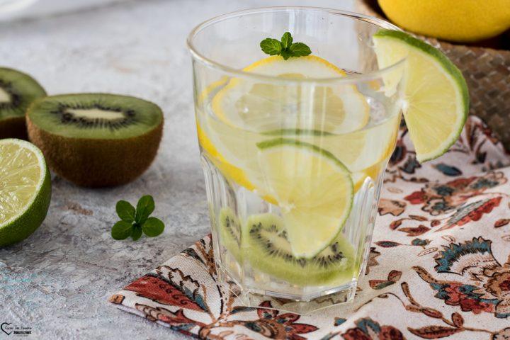 Acqua aromatizzata detox