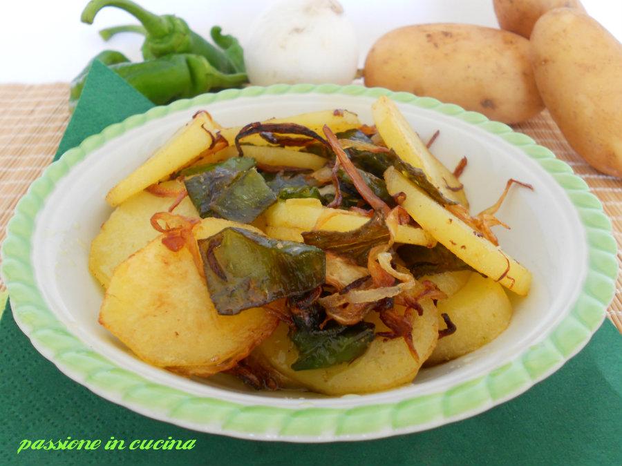 patate peperoni e cipolla-ricetta contorno vegetariano