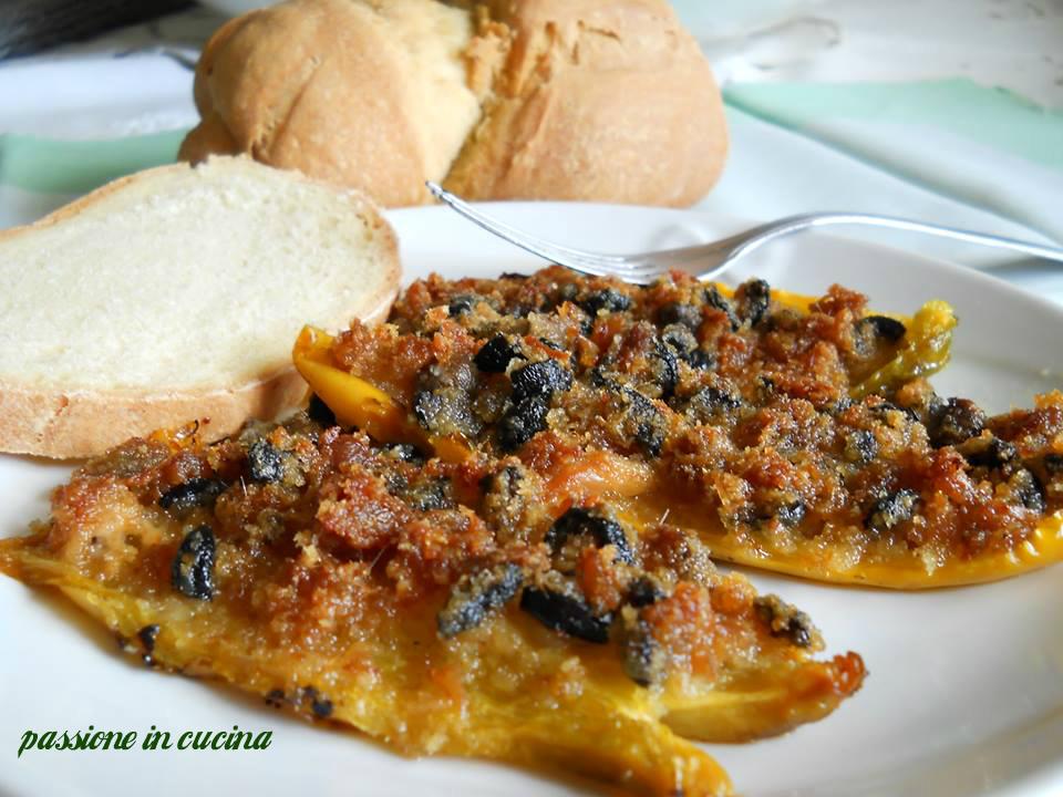 peperoni ripieni di tonno, peperoni ripieni, ricette con i peperoni, ricette con il tonno, ricette vegetariane, secondi vegetariani