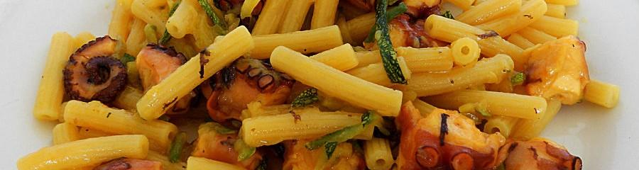 pasta con polpo e zucchine passioneincucina.giallozafferano.it