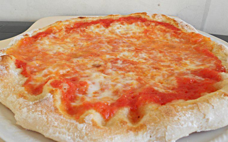 PIZZA CON LIEVITO MADRE-ricetta lievitati