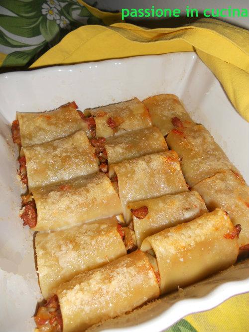 paccheri carciofi e salsiccia