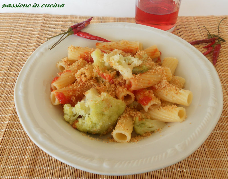 pasta con il cavolfiore alla siciliana passioneincucina.giallozafferano.it