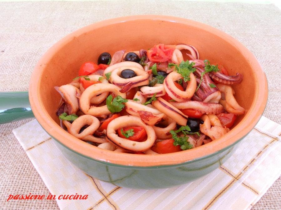 calamari mediterranei-ricette secondi piatti di pesce blog.giallozafferano.it/cuinalory