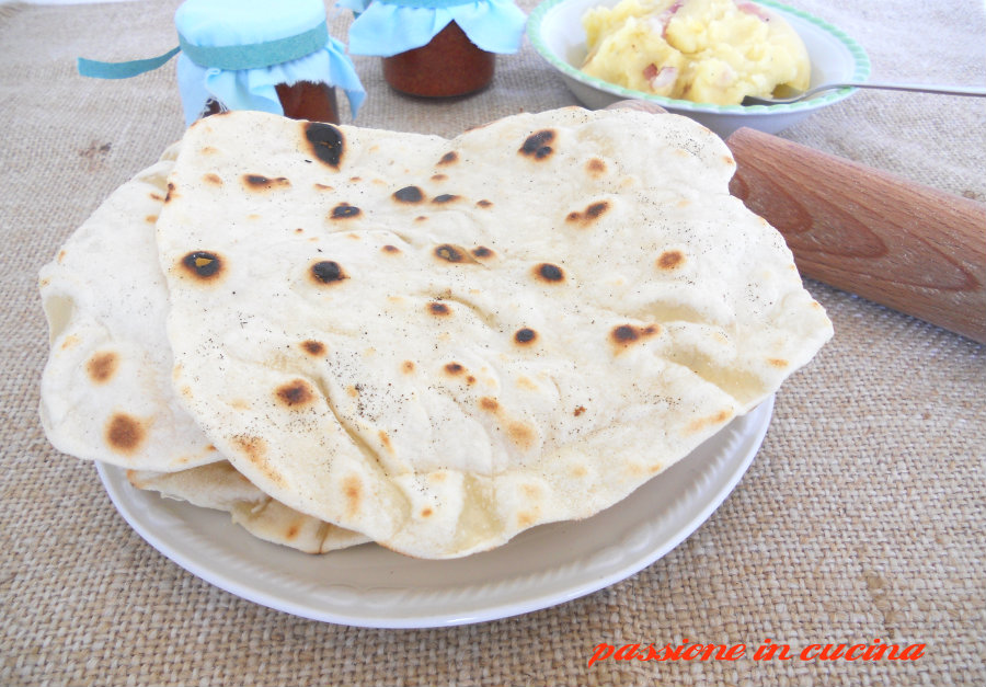 piadine https://blog.giallozafferano.it/cuinalory/