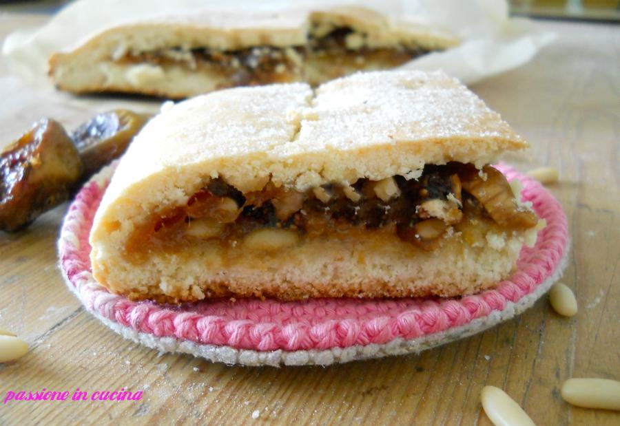 pinza bolognese- dolce ripieno, dolci natalizi, dolci con i fichi secchi, dolci con le noci
