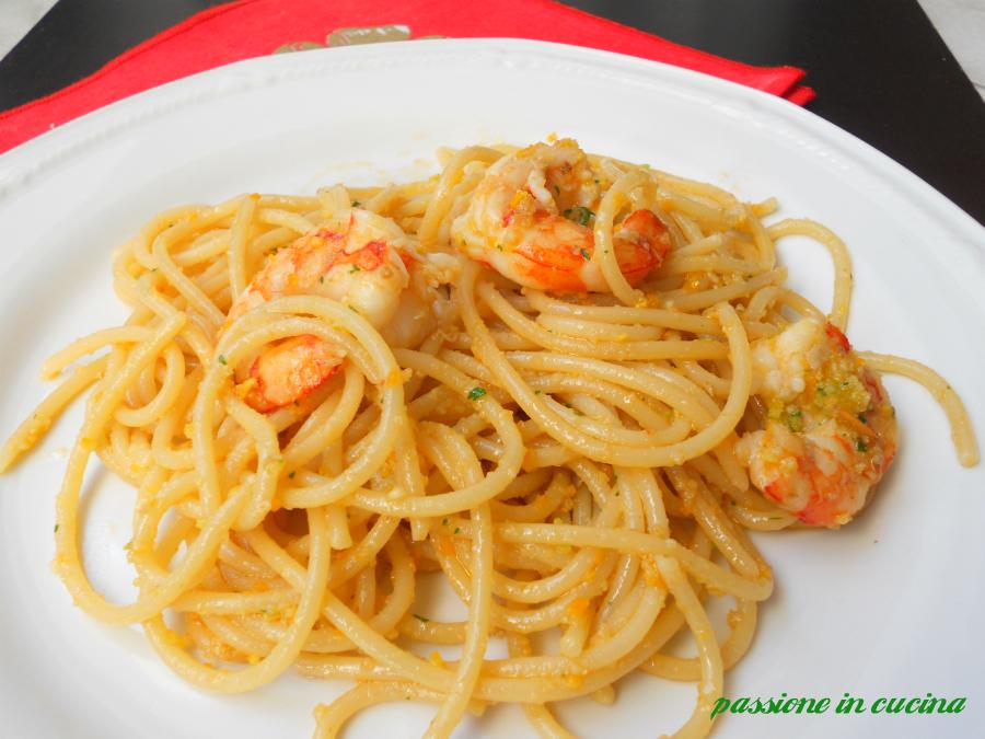 pesto di agrumi- ricette con pesto di agrumi, spaghetti al pesto di agrumi e mazzancolle, ricette di pesce, pasta con le mazzancolle