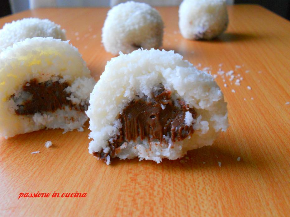 palline al cocco e ricotta, ricette dolci al cocco, dolci con il cocco, ricette con il cocco, nutella, ricotta
