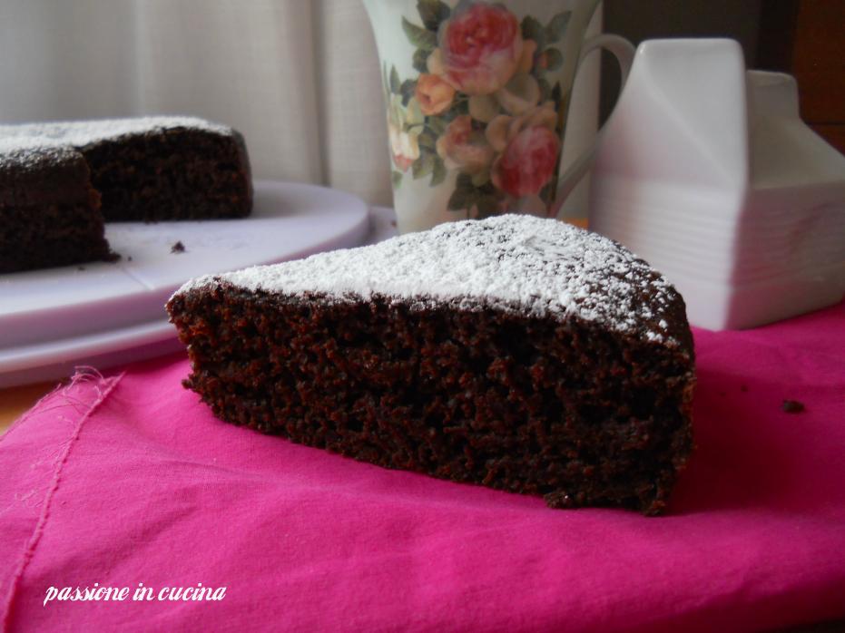 torta al cioccolato senza uova di Angy, dolci al cioccolato, dolci senza uova, dolci senza burro, ricette per intolleranti