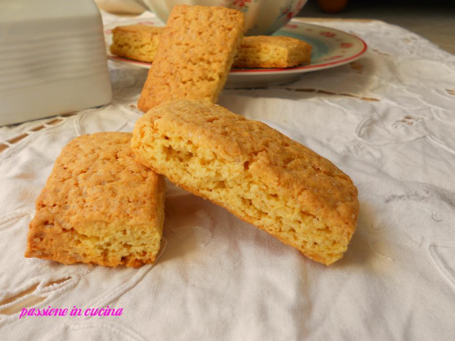 biscotti da inzuppo, biscotti inzupposi, biscotti per il latte, paste per il latte
