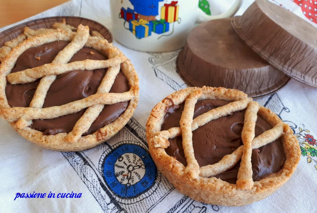 crostatine alla nutella, ricetta crostatine, crostatine alla nutella che resta morbida, dolci con la nutella