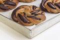 Mini babka al cioccolato aromatizzati ai fiori d'arancio