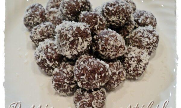 Praline con biscotti al cioccolato e cocco