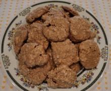 Biscotti di meringa mandorle e nocciole