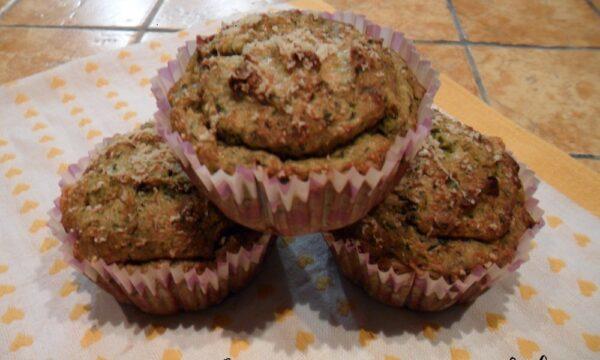 Muffin di zucchine con cuore di porchetta e scamorza affumicata