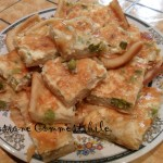 Torta di patate piselli e cipolla