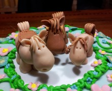 Cocoa Sponge: Torta cavalli nella Prateria
