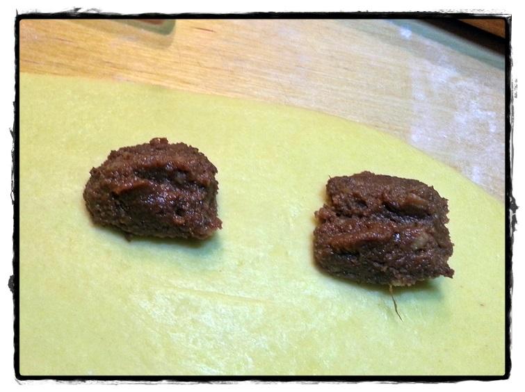ripieno di castagne sulla sfoglia