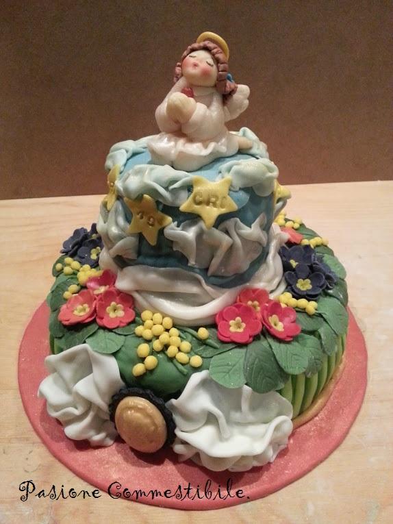 Torta Di Compleanno Decorata Con Angelo
