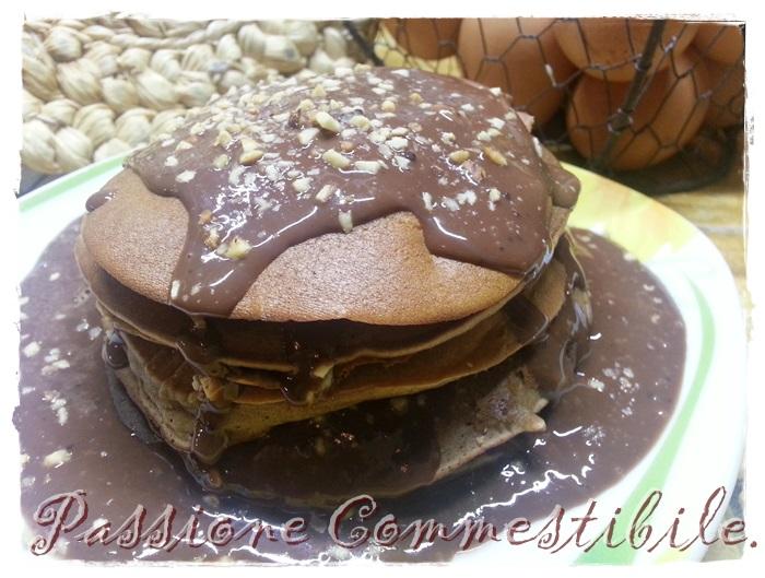 pancake di castagne con salsa al cacao