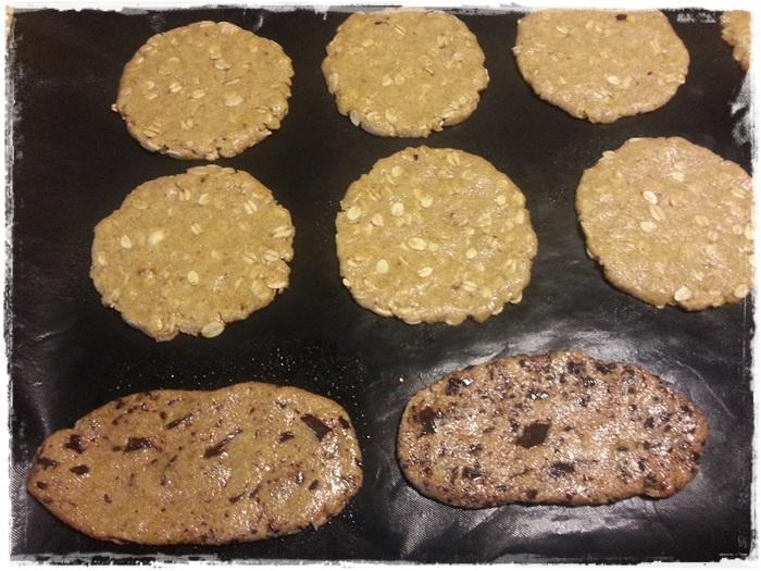 biscotti di farro nella teglia