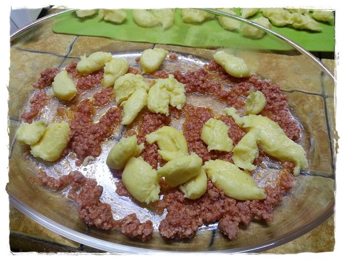gnocchi di polenta e ragù di pancetta
