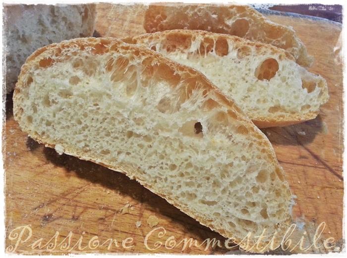 fetta di pane pugliese