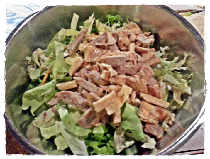 aggiungere la carne all'insalata