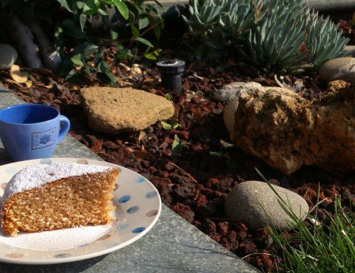 Torta 12 cucchiai al succo di melagrana