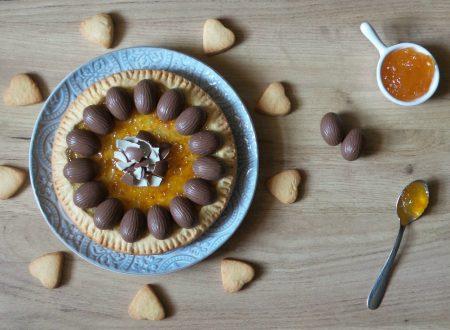 Crostata con marmellata di arance e ovetti di cioccolato