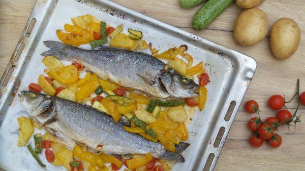Branzino al forno con verdure