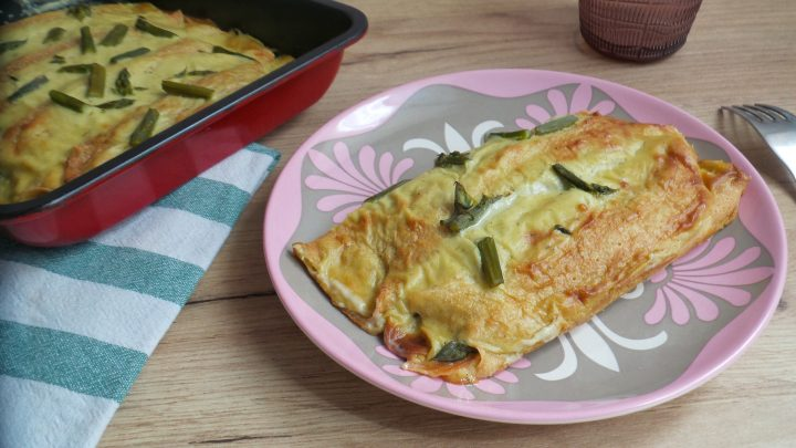 Cannelloni di crepes con asparagi e salmone