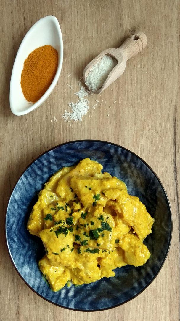 Bocconcini di pollo curry e cocco