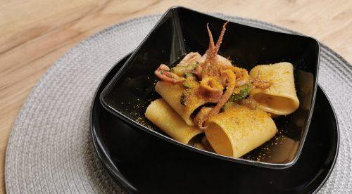Paccheri zucchine, totani e bottarga